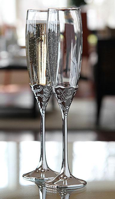 Vera wang wedgwood vera lace bouquet toasting flute pair - Vera wang martini glasses ...